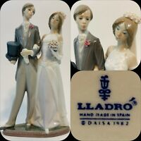 Lladro Bride & Groom Wedding Figurine 1404 - 2 Small Chip On Back Of Base