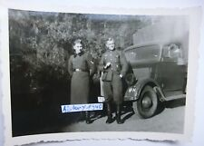 Foto mit Soldaten vor LKW Opel Blitz. (D)