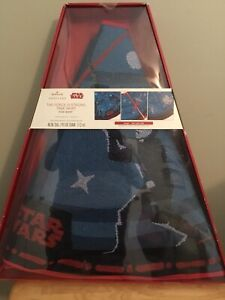 """Star Wars """"The Force is Strong""""  Tree Skirt"""