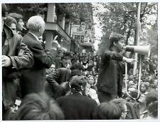 Photo Elie Kagan - Mai 68 - Aragon et Daniel Cohn Bendit - Tirage d'époque -