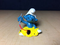 Smurfs Tailor Smurf 20063 W Berrie Hong Kong Vintage Figure Toy PVC 80s Figurine