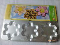Wilton Flower Cookie Blossom Treat Cake Pan Mold 6 Cavity Sealed Unused