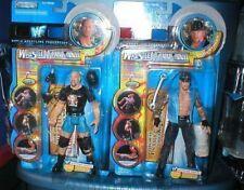 WWE STONE COLD STEVE AUSTIN & UNDERTAKER WM 17 FIGURES