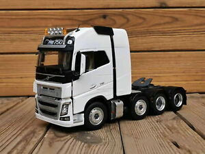 1/32 Scale Volvo FH16 750 Heavy Duty Truck Tractor White Diecast Model Toy Model