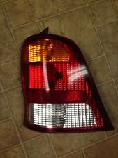 1999 2000 2001 2002 2003 Ford Windstar Right Tail Light