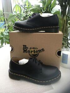 black dr martens shoes size 6