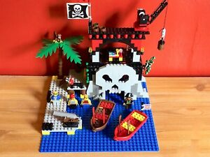 LEGO Pirates 6279    Skull Island