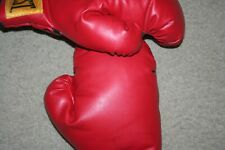 Everlast Yellow Tag Traditional Boxing Gloves 14oz With Thumb Lock used great(b)