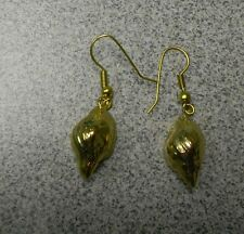 WHOLESALE CLEARANCE-6 PAIR 24K GOLD DIPPED CONCH SHELL WIRE EARRINGS-NEW