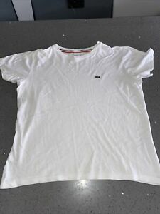 Lacoste Boys White T-shirt. Age 14 (small Fitting)