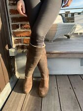 TRES BELLE BOTTE HAUTE UGG TAILLE 38