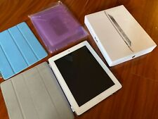 Apple iPad 2 32GB, Wi-Fi, 9.7in - White W Accessories