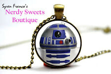 R2D2 Star Wars Glass Cabochon Necklace - USA Stock