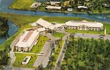 Crystal River Florida The Plantation Vintage Postcard J76138