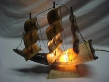 maquette voilier 3 mâts en corne 1930 lampe de chevet veilleuse (L95)