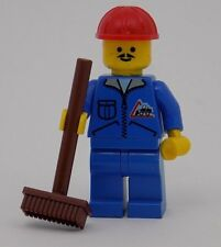 LEGO Vintage 1999 Dumper Driver with Brown Road Broom Minifigure Town 6439