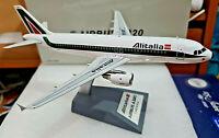 Alitalia Team Airbus A320 CEO I-BIKE - 1:200 Die Cast - J Fox Edizione Limitata