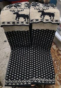 Forever 21  knit leg warmers boot toppers black beige Nordic reindeer pattern
