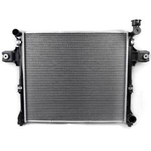32mm RADIATOR FITS JEEP COMMANDER XH 5.7 V8 06-10 / GRAND CHEROKEE WH 5.7 05-10