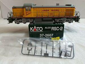 1998 KATO HO #37-2607 ALCO RSC-2 UNION PACIFIC #1281 - DC POWERED - RUNS NICE