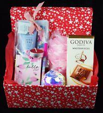 Christmas Hamper Bath Bomb Hand Kits Sweets For Ladies Mum Daughter Nan New year