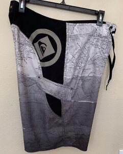 Quiksilver Kelly Slater  Men's Cypher Board Shorts Swimwear Size 36 Gray Map