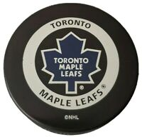 TORONTO MAPLE LEAFS NHL VINTAGE OFFICIAL GAME PUCK GARY BETTMAN INGLASCO -CANADA