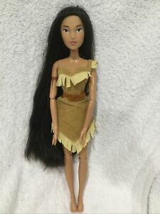 """Disney Store Exclusive Singing 16"""" Doll Pocahontas 2011 Colors of the Wind Long"""