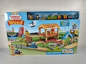 Thomas Wood Busy Island Set - Box wear