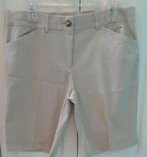 STUDIO WORKS WOMEN'S SHORTS KHAKI Size 8 Bermuda Style Tan Pockets Zipper Golf