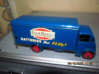 DINKY GUY VAN 'EVER READY' 2nd TYPE CAB No 918  near MINT original
