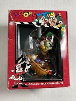 LOONEY TUNES FOOTBALL DAFFY DUCK CHRISTMAS COLLECTIBLE ORNAMENT