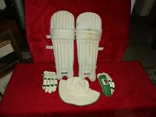 DUNCAN FEARNLEY BOYS CRICKET PADS GLOVES AND HAT