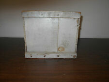 EARLY ANTIQUE PRIMITIVE WOOD WOODEN EGG BOX WITH OLD GRAY PAINT