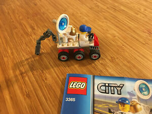 Lego City Town Set 3365 Space Moon Buggy (2011).