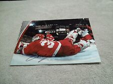 CHRIS OSGOOD AUTOGRAPHED RED WINGS 11X14 PHOTO W/COA