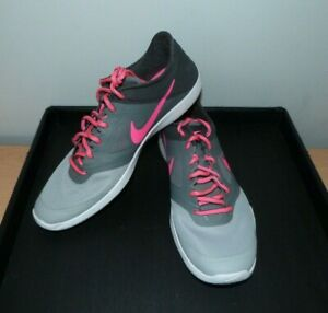 Ladies Grey/Pink NIKE Gym/Fitness Shoes Size 6 (39)