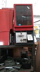 VICTOR 25-CENT CAPSULE MACHINE