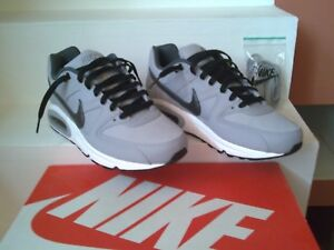Nike Air Max Command. Size 8
