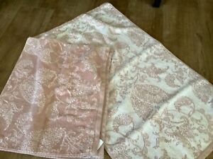 Dunelm Hand Towels pink mix used