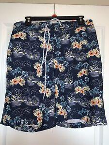 Arizona Jeans Co. Men's Medium Tropical Island Drawstring 3-pocket Swim Trunks
