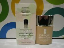 Clinique ~ Even Better Glow Light Reflecting Makeup ~ Wn 04 Bone ~ 1 Oz Boxed