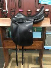 "Amerigo Vega Dressage Saddle, 17"" seat, medium tree, great condition"