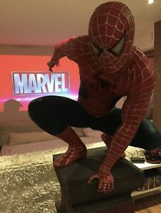 Spiderman Lifesize Lebensgroße Figur Statue Muckle / Oxmox