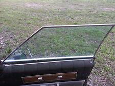 1967 1968 1969 Thunderbird  4 Door RH Front tinted DOOR WINDOW GLASS & ss trim