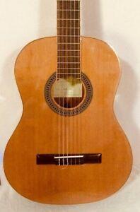 Antonio Hermosa AH-10 Solid Cedar Top Classical Nylon Mahogany Acoustic Guitar