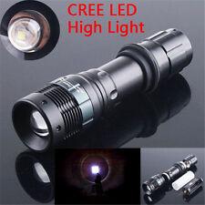Lampe de Poche LED Zoomable Lampe de poche Éclairage 2000 Lumen XM-L Q5