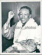 1953 Battered but Smiling Kid Gavilan Figher Original News Service Photo