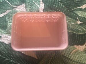 BRAND NEW PINK PLASTIC BASKETS SET OF 3