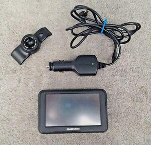 Garmin Nuvi 40 4.3-inch Portable GPS Navigator (Tested) Bundle w/ cord & mount